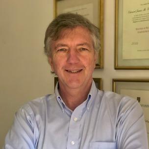 Conferencista y consultor con experiencia en temas comerciales